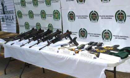 En video | 'Los Pachencas' habrían robado armas y dotación militar