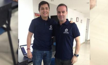 Juan Pablo Zuluaga acompañado del director de la DIT de la Universidad Autónoma, Pablo Bonaveri.