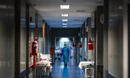El 39,4% del personal médico en el país presenta problemas de salud mental