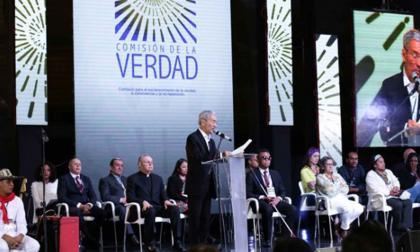 Comisión de la Verdad recibe memoria sobre persecución social en Colombia