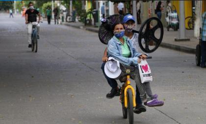 Monterianos se sumaron al Día Mundial sin Carro…¡Con tapabocas!