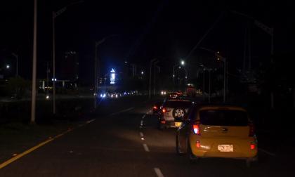 Robos de cables dejan a oscuras la Circunvalar y puente Pumarejo