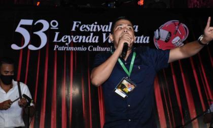 Iván René Becerra Narváez en su inspirada intervención en la final de la categoría de Piqueria.