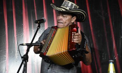 Se le cumplió el sueño a Manuel Vega, ya es Rey Vallenato