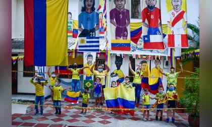 Esta familia llenó la casa de imágenes alusivas a la Selección.