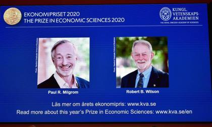 Premio Nobel de Economía reconoce las innovaciones en la teoría de subastas