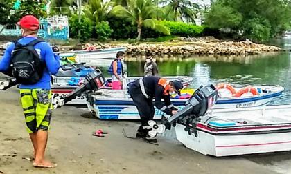 Inspeccionan las embarcaciones con fines turísticos en el Golfo