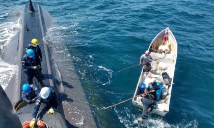 En video   Armada rescata a dos pescadores a la deriva en Cartagena