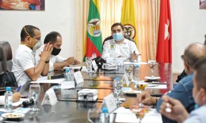 El gobernador Vicente Blel presidió la mesa de trabajo en Mompox.