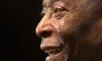 Figuras del fútbol ensalzan a Pelé en su 80 cumpleaños