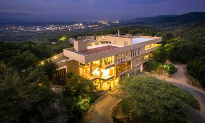 Vista aérea del Waya Guajira Hotel que  es operado por oxoHotel.