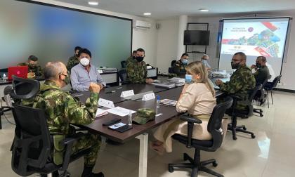 """""""Cualquier grupo compra fusiles y quiere fomentar el terrorismo"""": Ejército"""