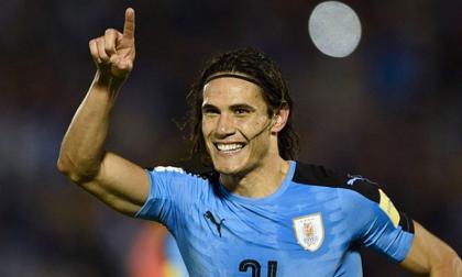 Cavani y Giménez refuerzan a Uruguay para duelo contra Colombia
