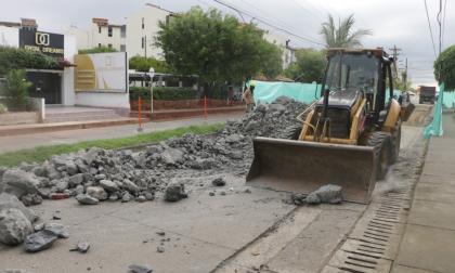 Inician trabajos de mejoramiento en malla vial de Montería