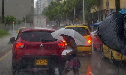 Aguacero que se presentó el jueves al mediodía en varios sectores de Barranquilla.