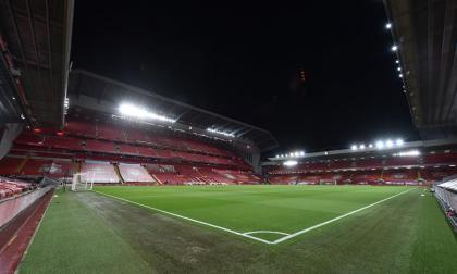 Los hinchas podrán regresar a los escenarios deportivos en Inglaterra, bajo unas medidas establecidas.