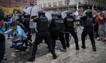 Caos en Argentina por despedir a Diego Maradona