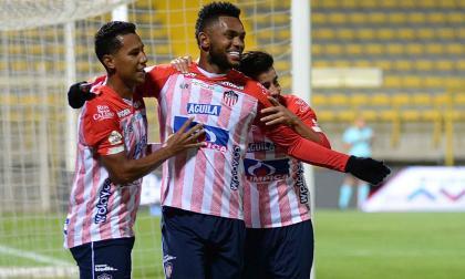 Teófilo Gutiérrez aportó pausa y control en el juego de Junior para darle tranquilidad en la victoria.
