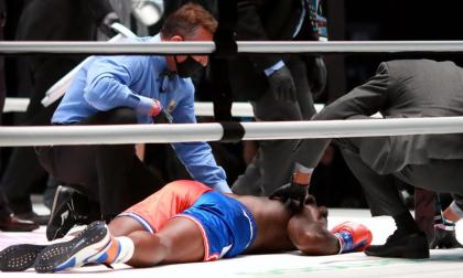 Nate Robinson terminó en la lona tras el KO propiciado por Jake Paul.