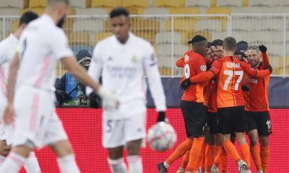 Los jugadores del Shakhtar Donetsk celebrando el primer gol frente al Real Madrid.