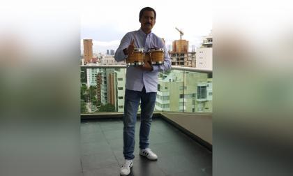 Hijo de Villazón debuta a ritmo de son cubano