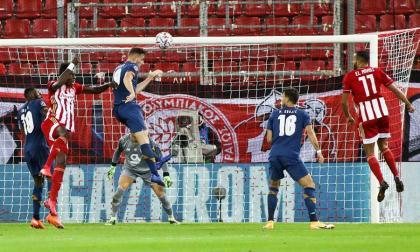 Con el 0-2, el Oporto se lleva un encuentro que dominó de principio a fin.