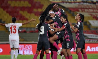 Las 'Leonas' se suben al trono de la Liga Femenina