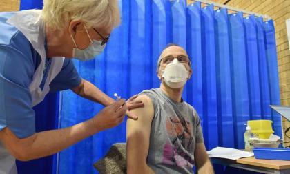 La OMS ha pedido a China y Rusia que le revelen los datos de sus vacunas