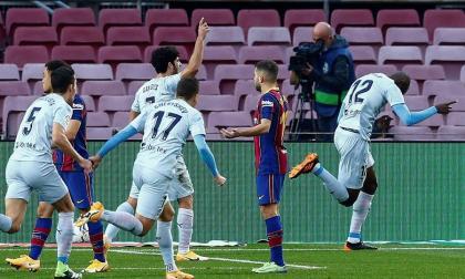 El Valencia devuelve al Barça a su triste realidad
