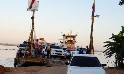 Ferry de Salamina reinició operaciones