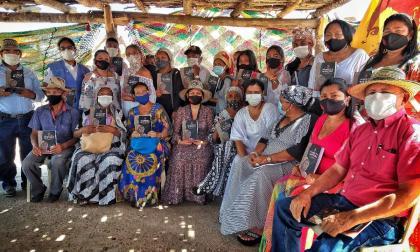 Fuerza de Mujeres Wayuu entrega informe a La Comisión de La Verdad