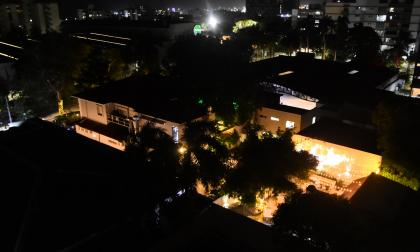 Así luce el patio del establecimiento por el cual se quejan los vecinos del barrio Alto Prado.