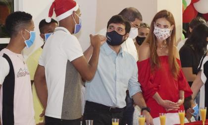 Alcalde compartió cena navideña con niños del internado Mons.Víctor Tamayo