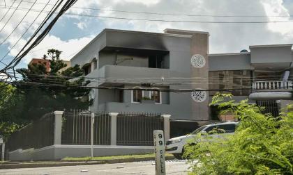 Emergencia por incendio de una casa en Villa Santos