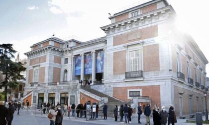 Visitantes en el Museo del Prado.
