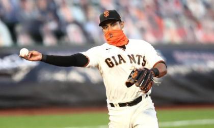 Dónovan Solano brilló en el 2020 con los Gigantes de San Francisco.