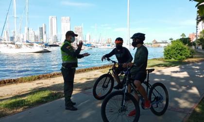 La Policía Metropolitana realiza jornadas pedagógicas a la ciudadanía de Cartagena.