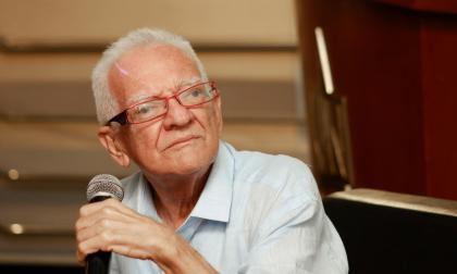 Ramón Illán Bacca, escritor y docente.
