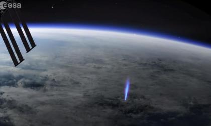 Por primera vez detectan un rayo azul desde su génesis