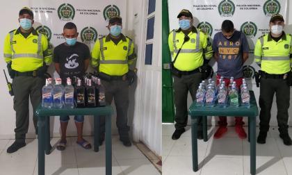 Policía de Tránsito captura a dos con licor adulterado