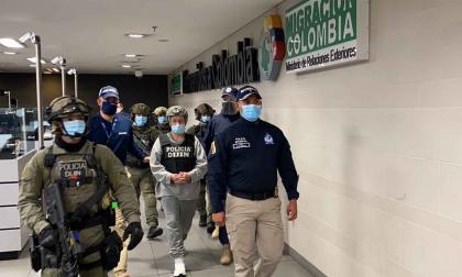 Giraldo deberá responder 339 crímenes de guerra en Colombia