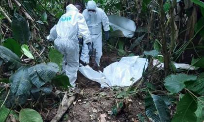 Encuentran cinco cuerpos en tres fosas comunes en Nariño