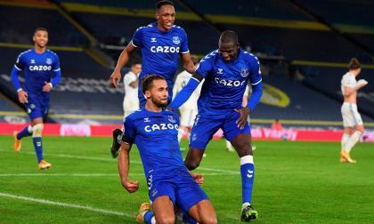 El Everton vence por 2-1 al Leeds United de Marcelo Bielsa.