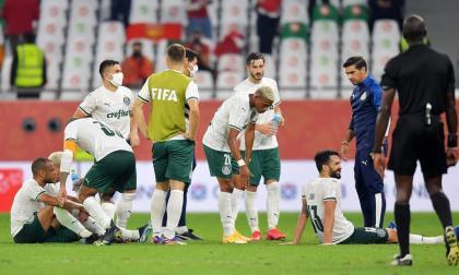 Los jugadores del Palmeiras, después de no poder vencer en el tiempo reglamentario.