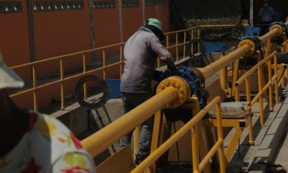 Gobernadora exige frenar manipulación de compuertas en el embalse El Guájaro