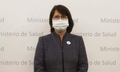 Ministra de Salud de Perú renuncia tras polémica por vacunación de Vizcarra