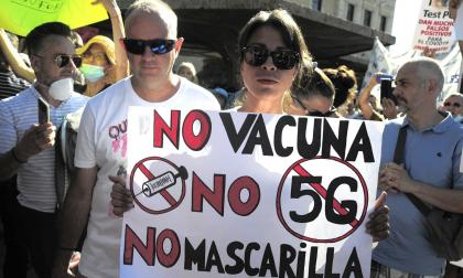 Protesta en Madrid contra las medidas para prevenir la covid-19.