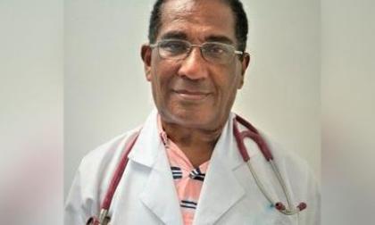 """""""En pandemia, no he dejado de venir al hospital"""": médico que será vacunado"""