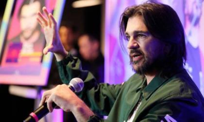 Juanes se une al evento del aterrizaje en Marte de la NASA