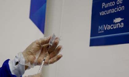 Andi propone marco regulatorio para compra privada de vacunas